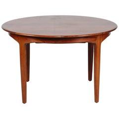 Danish Henning Kjærnulf Round Rosewood Dining Table Model 62 by Sorø Stolefabrik