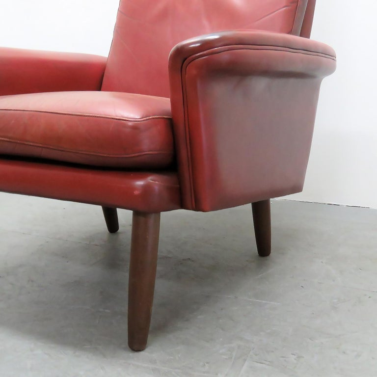 Danish High Back Leather Lounge Chair, 1960 For Sale 5