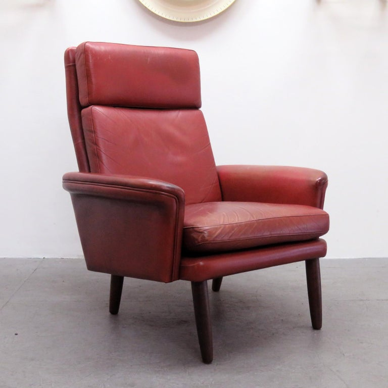 Danish High Back Leather Lounge Chair, 1960 In Good Condition For Sale In Los Angeles, CA