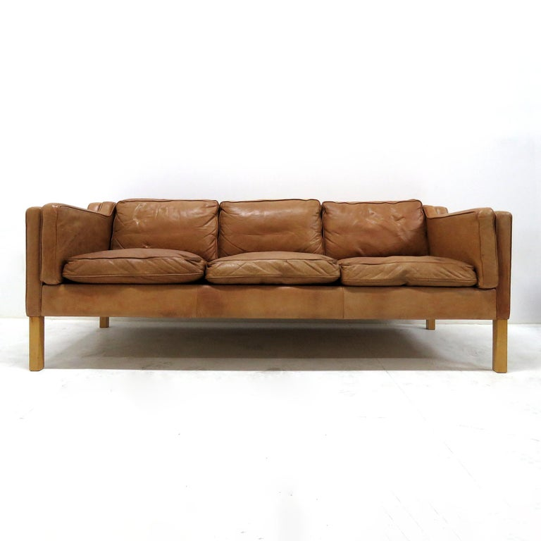 Wonderful 1960s, Danish 3-seat sofa in style of Borge Mogensen, in cognac colored leather on beech frame.