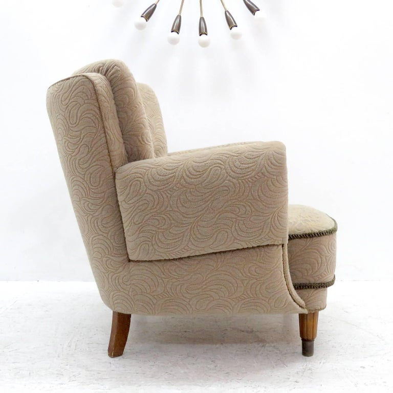 Mid-20th Century Danish Lounge Chair, 1940s For Sale