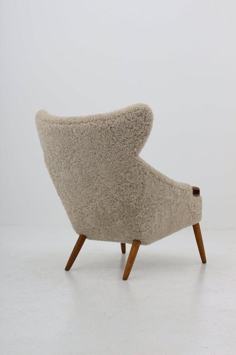20th Century Danish Lounge Chair in Sheepskin, Model 55 by Kurt Østervig For Sale