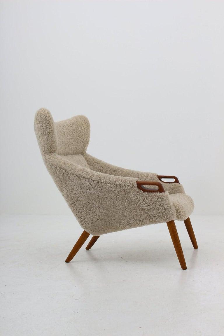 Danish Lounge Chair in Sheepskin, Model 55 by Kurt Østervig For Sale 1