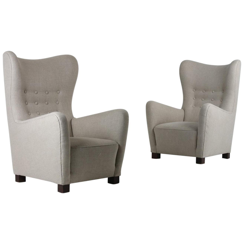 Danish Lounge Chairs Model 1672 by Fritz Hansen