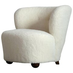 Danish Lounge or Slipper Chair Newly Upholstered in Lambswool Fritz Hansen