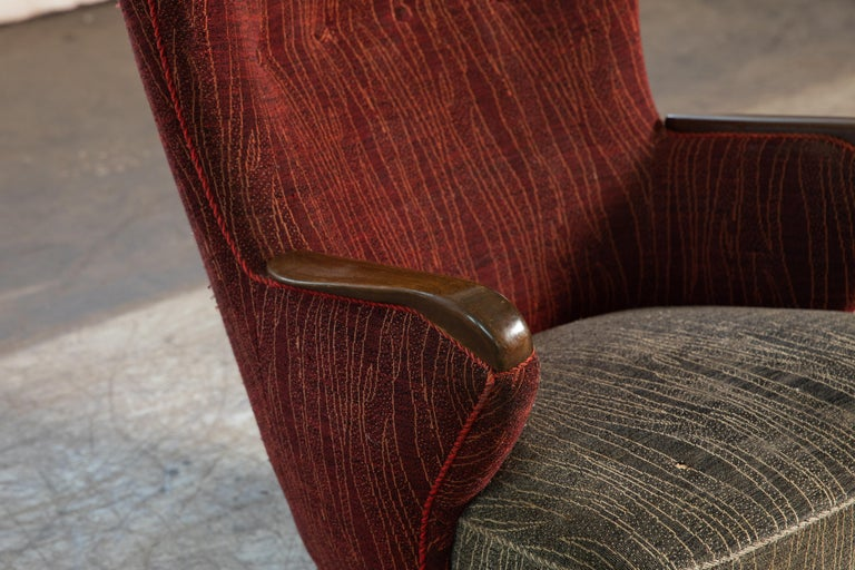 Danish Mid-Century 1950's Lounge Chair with Teak Accent on Armrests For Sale 6