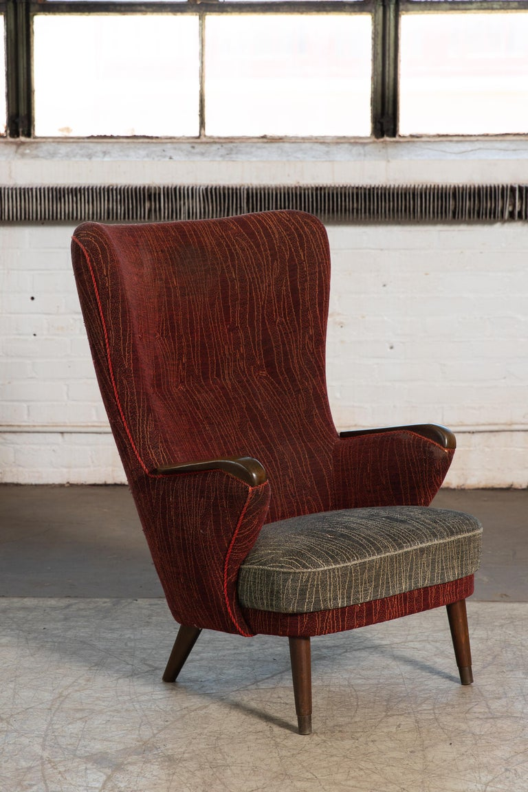 Danish Mid-Century 1950's Lounge Chair with Teak Accent on Armrests For Sale 3
