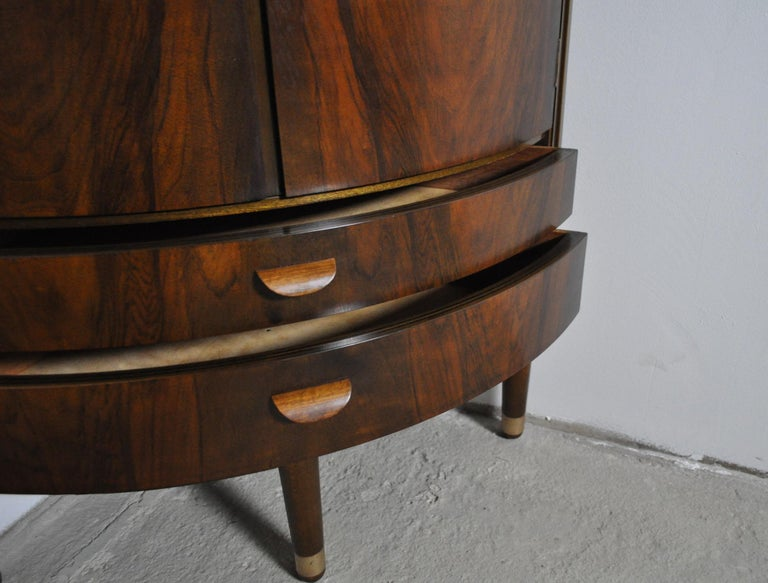 Danish Midcentury Corner Cupboard in Mahogany, Denmark, 1960s For Sale 4