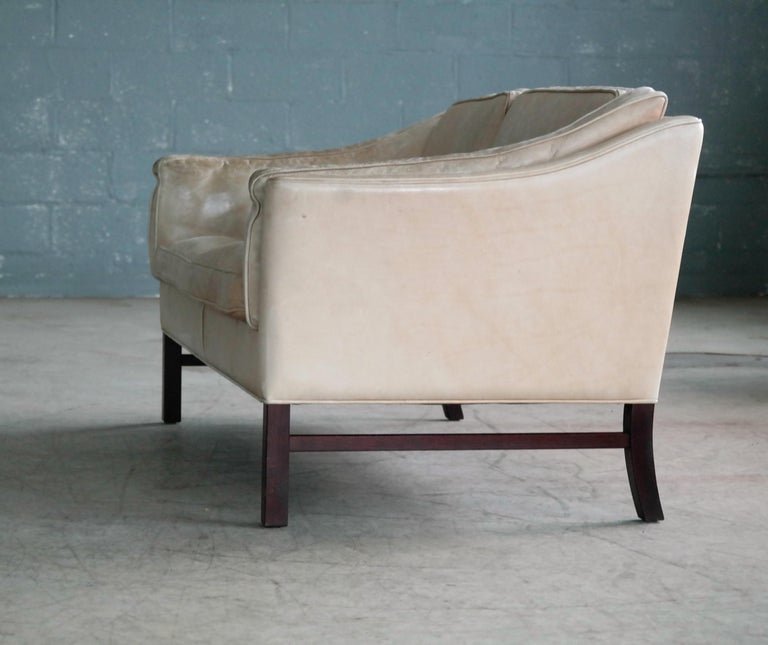 Danish Midcentury Illum Wikkelso Attributed, Two-Seat Sofa in Worn Tan Leather For Sale 5
