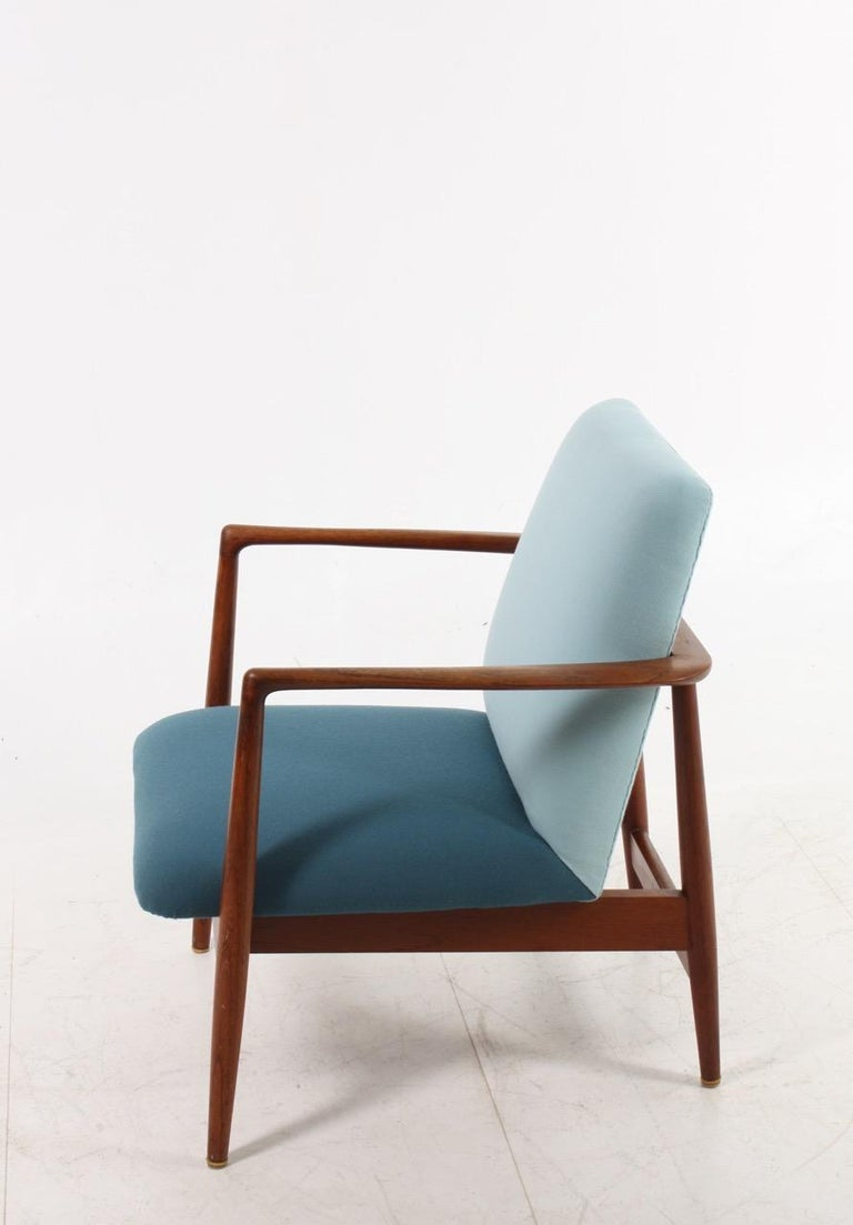 Danish Midcentury Lounge Chair in Teak and Fabric, 1950s In Good Condition For Sale In Lejre, DK