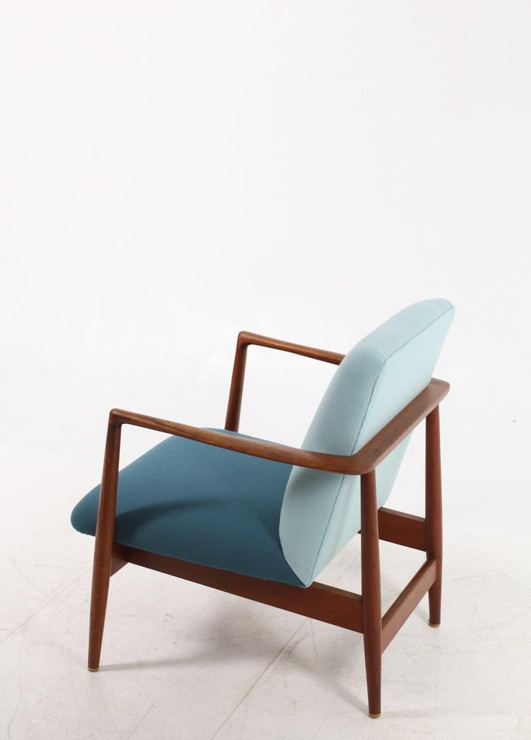 Mid-20th Century Danish Midcentury Lounge Chair in Teak and Fabric, 1950s For Sale