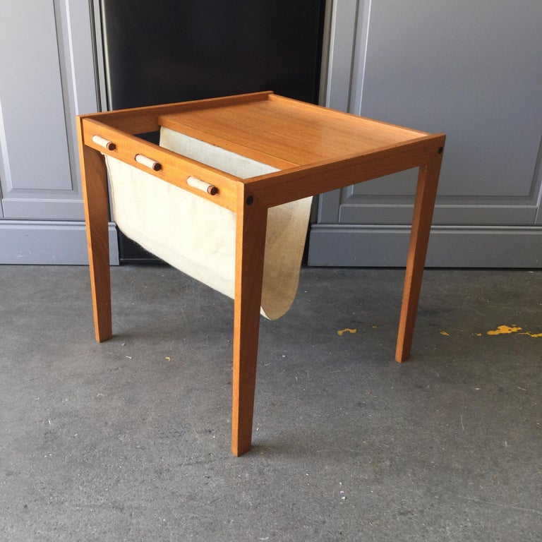 Danish Midcentury Maple Wood and Linen Newsstand Side Table For Sale 3
