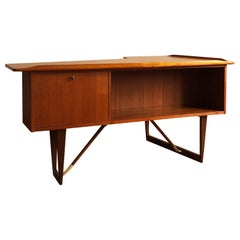 Danish Mid-Century Modern Boomerang Teak Writing Desk by Peter Løvig Nielsen