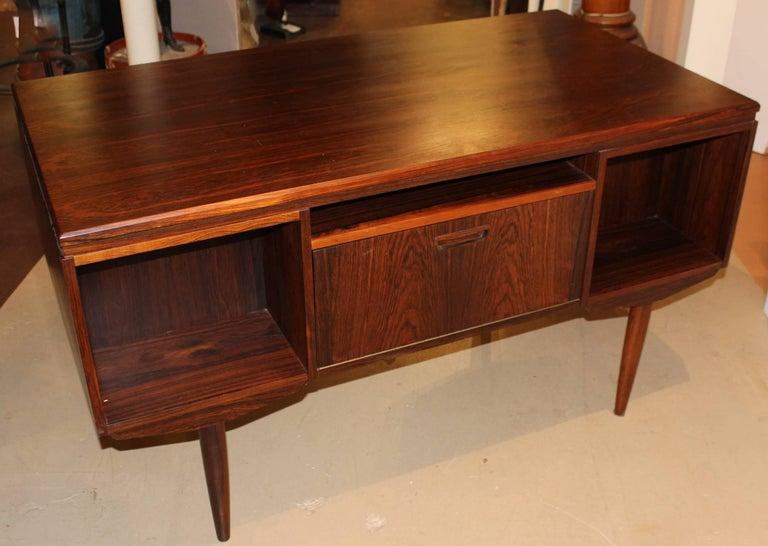 Danish Mid-Century Modern Brazilian Rosewood Executive Desk with Bar For  Sale 3 - Danish Mid-Century Modern Brazilian Rosewood Executive Desk With Bar