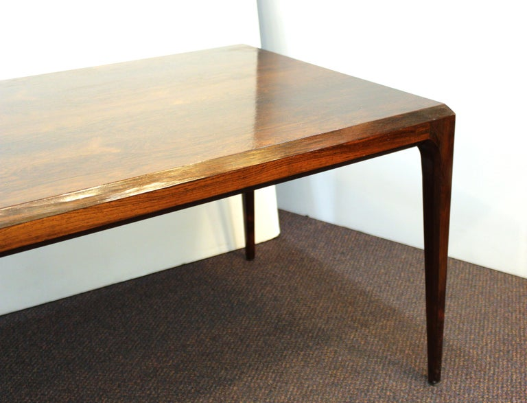 Danish Mid-Century Modern Coffee or Cocktail Table For Sale 6