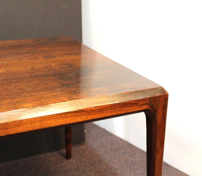 20th Century Danish Mid-Century Modern Coffee or Cocktail Table For Sale