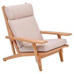 Danish Mid-Century Modern GE 375 Easy Chair by Hans J. Wegner for GETAMA