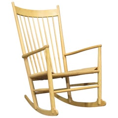 Danish Mid-Century Modern Rocker Model J16 by Hans Wegner in Beech