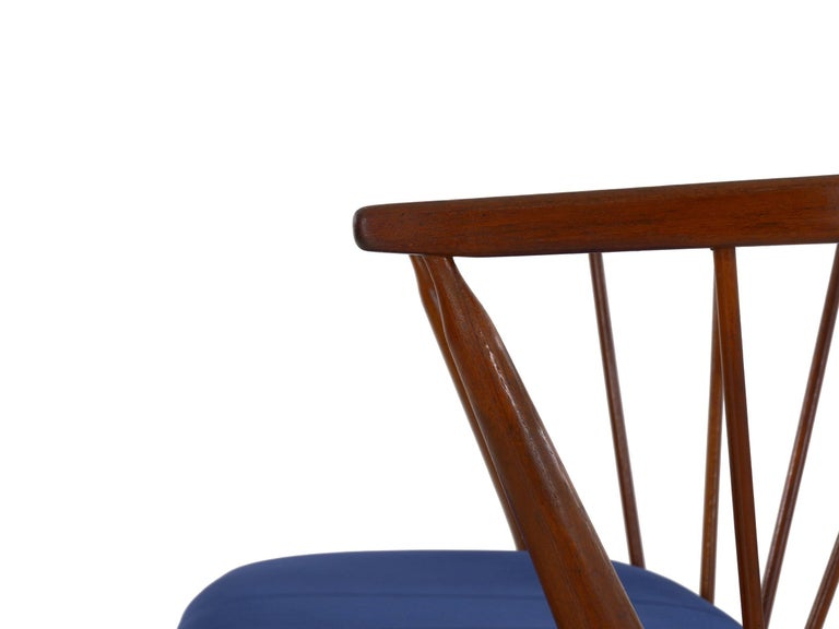"""Danish Mid-Century Modern Spindle-Back Armchair """"No. 8"""" by Helge Sibast For Sale 6"""