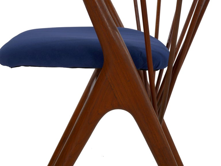 """Danish Mid-Century Modern Spindle-Back Armchair """"No. 8"""" by Helge Sibast For Sale 8"""