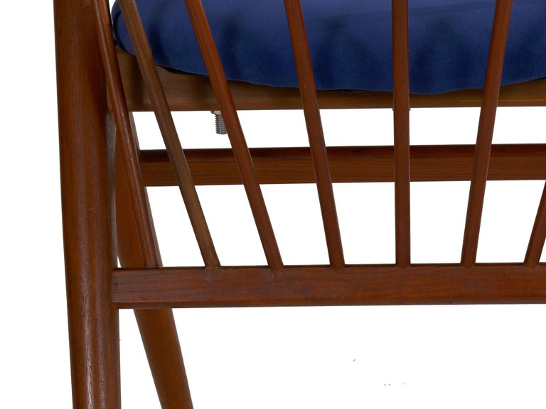 """Danish Mid-Century Modern Spindle-Back Armchair """"No. 8"""" by Helge Sibast For Sale 9"""