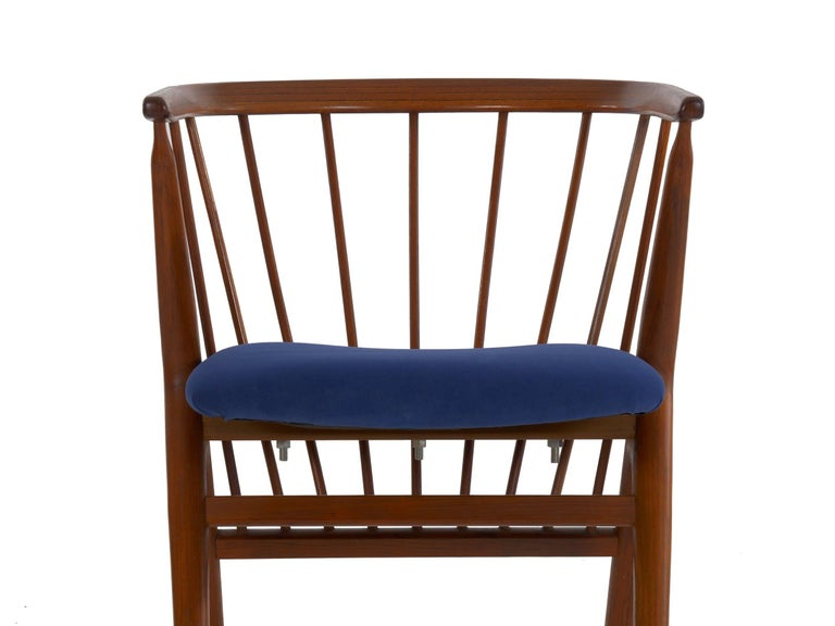 """Danish Mid-Century Modern Spindle-Back Armchair """"No. 8"""" by Helge Sibast For Sale 1"""