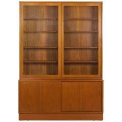 Danish Mid-Century Modern Teak Bookcase Bookshelf Cabinet by Poul Hundevad