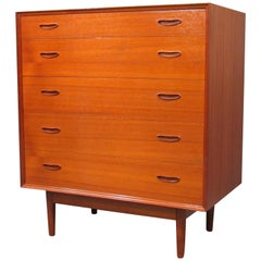 Danish Mid-Century Modern Teak Chest of Drawers Dresser