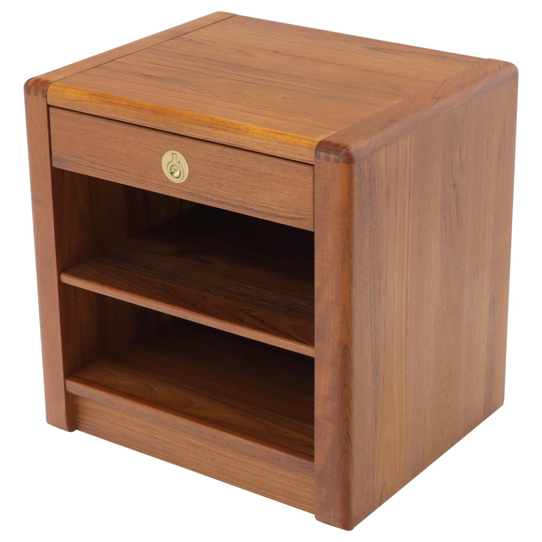Danish Mid-Century Modern Teak One-Drawer End Table Stand