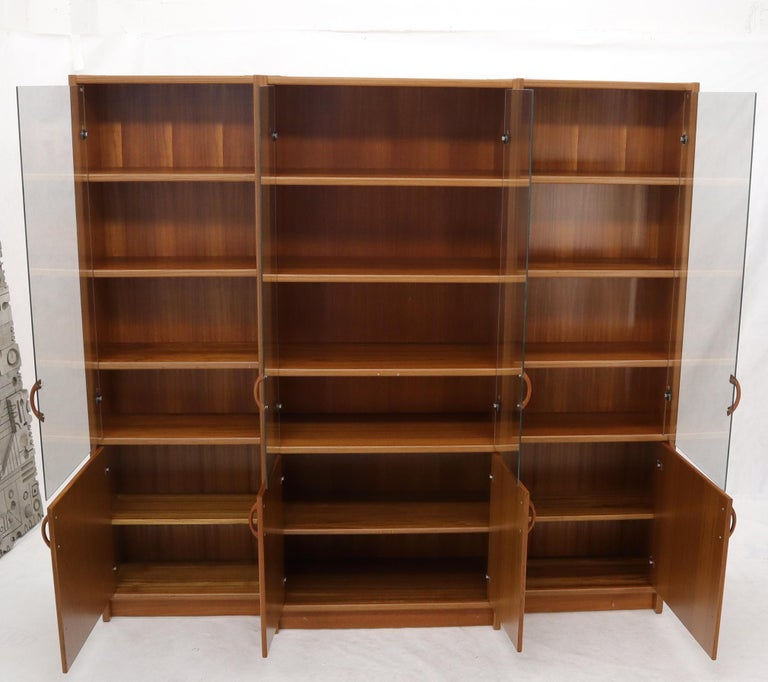 Danish Mid-Century Modern Teak Wall Unit with Glass Doors Bottom Compartments For Sale 5