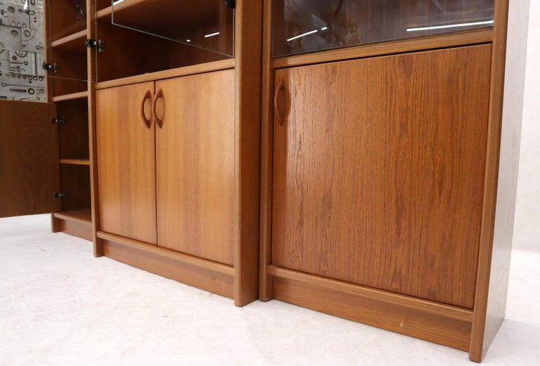 Danish Mid-Century Modern Teak Wall Unit with Glass Doors Bottom Compartments For Sale 7