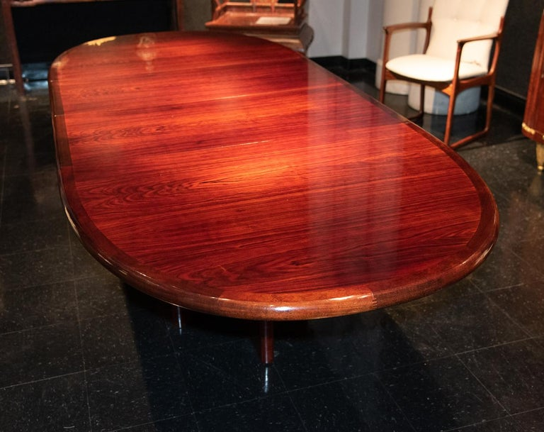 Danish Mid-2th Century Dining or Conference Table In Good Condition For Sale In Dallas, TX
