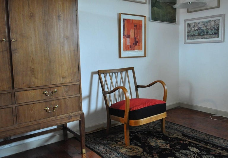 Danish Midcentury Cabinetmaker Armchair Attributed to Fritz Hansen, 1940s For Sale 3