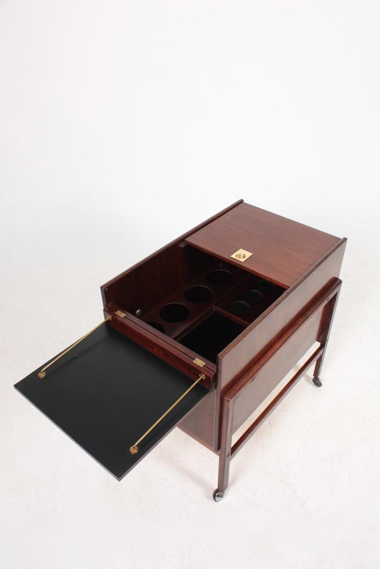Danish Midcentury Dry Bar Cabinet in Rosewood by Dyrlund, 1960s For Sale 5
