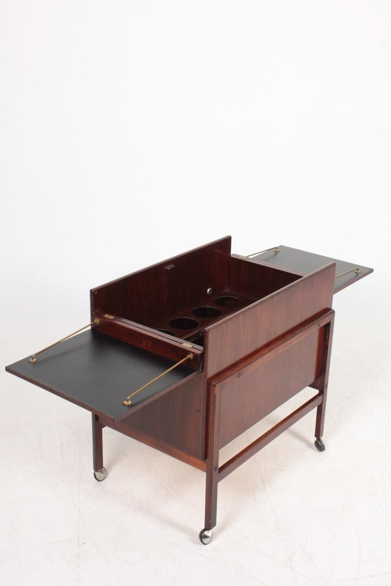 Danish Midcentury Dry Bar Cabinet in Rosewood by Dyrlund, 1960s For Sale 4