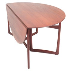 Danish Midcentury Gate Leg Table in Solid Teak by Hvidt & Mølgaard