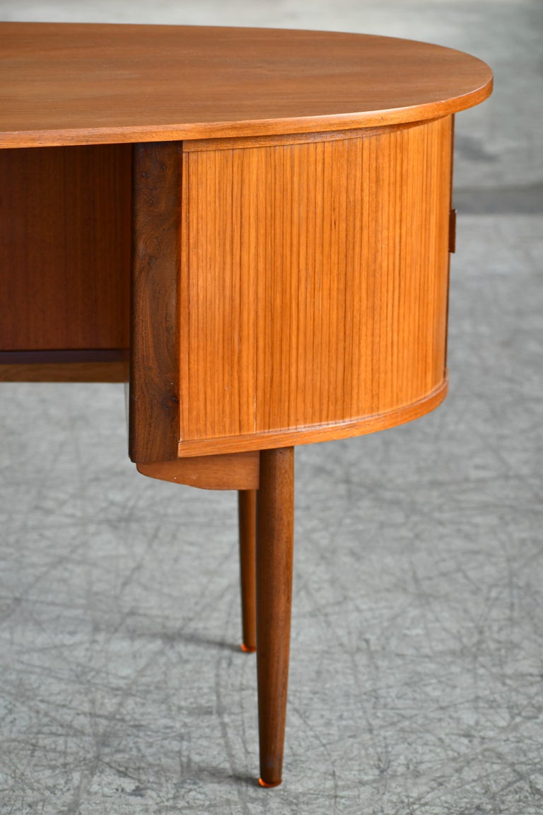 Mid-20th Century Danish Midcentury Kidney Shaped Kai Kristiansen Style Teak Writing Desk For Sale