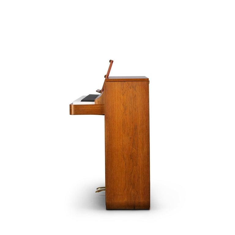 Danish Mid-Century Modern Hardwood Pianette Bij Louis Zwicki, 1960s In Good Condition For Sale In Teteringen, Noord-Brabant