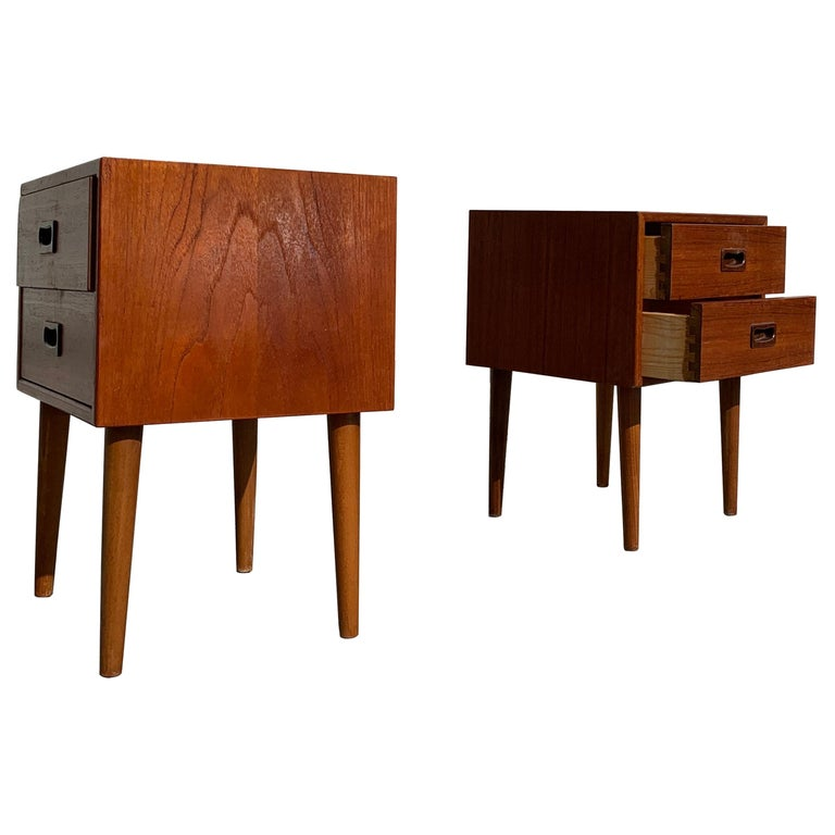 Danish Midcentury Nightstands In Good Condition For Sale In Copenhagen, DK