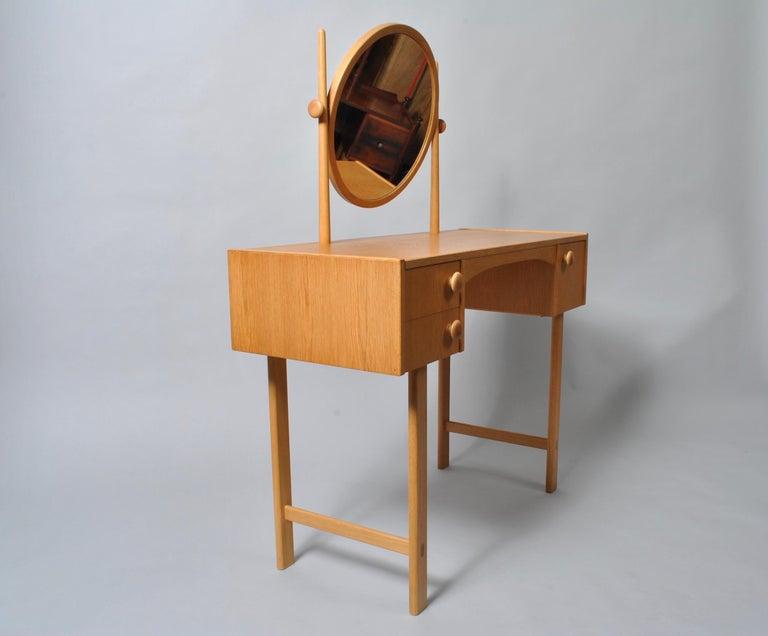 Danish Midcentury Oak Dressing Table For Sale 5