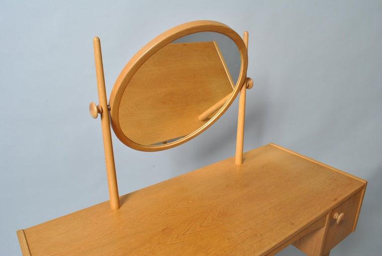 Veneer Danish Midcentury Oak Dressing Table For Sale