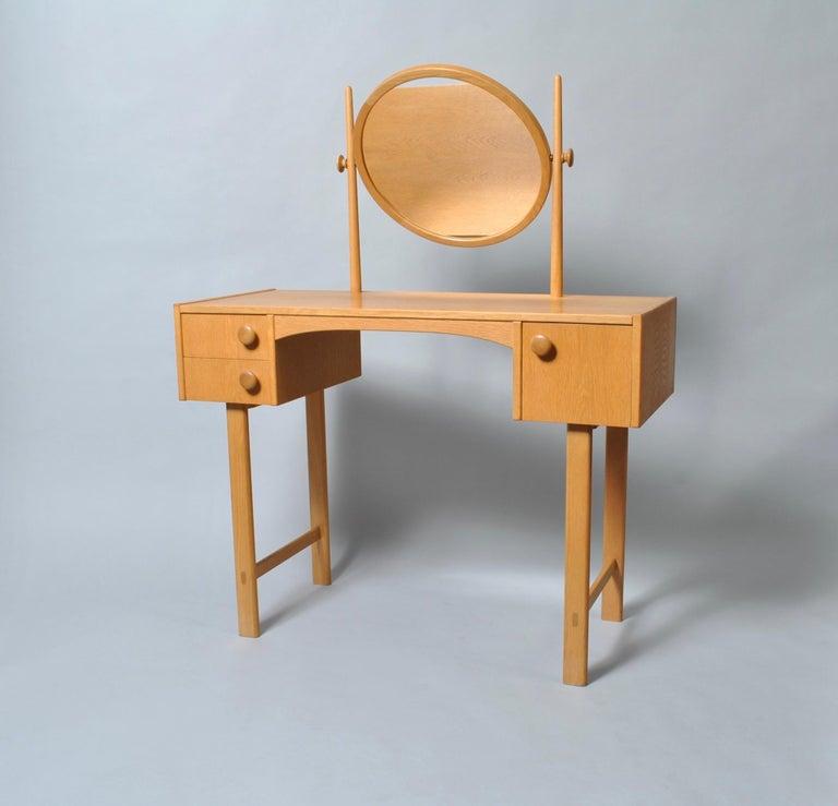 20th Century Danish Midcentury Oak Dressing Table For Sale