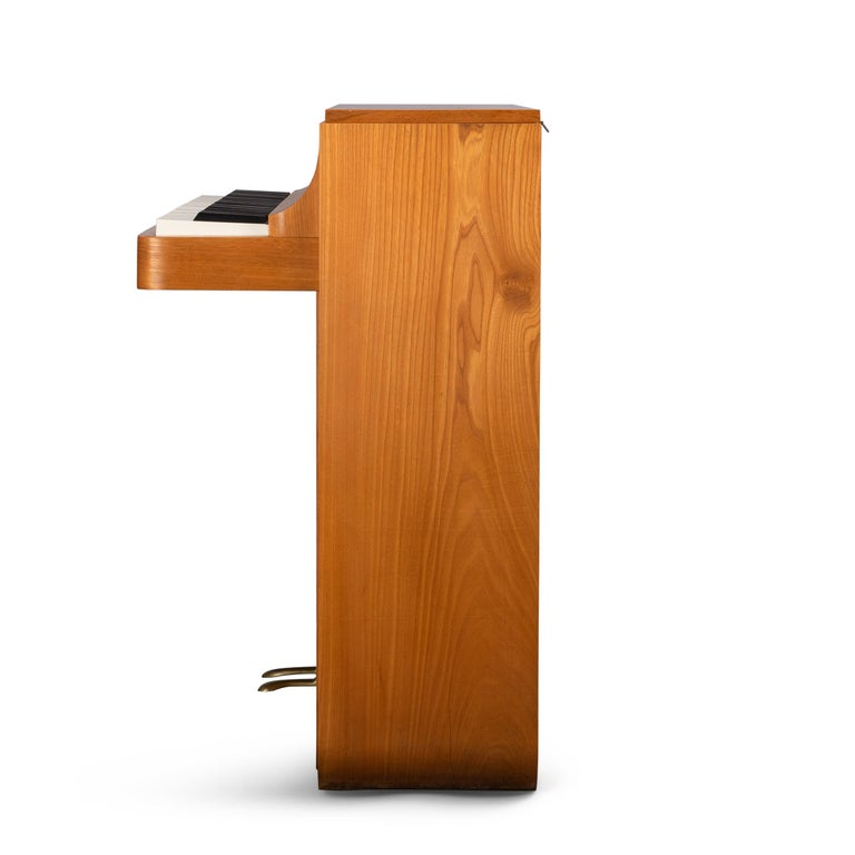 Veneer Danish Midcentury Pianette by Louis Zwicki in Oak