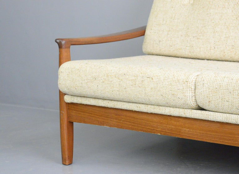 Danish Midcentury Sofa, circa 1960s For Sale 2