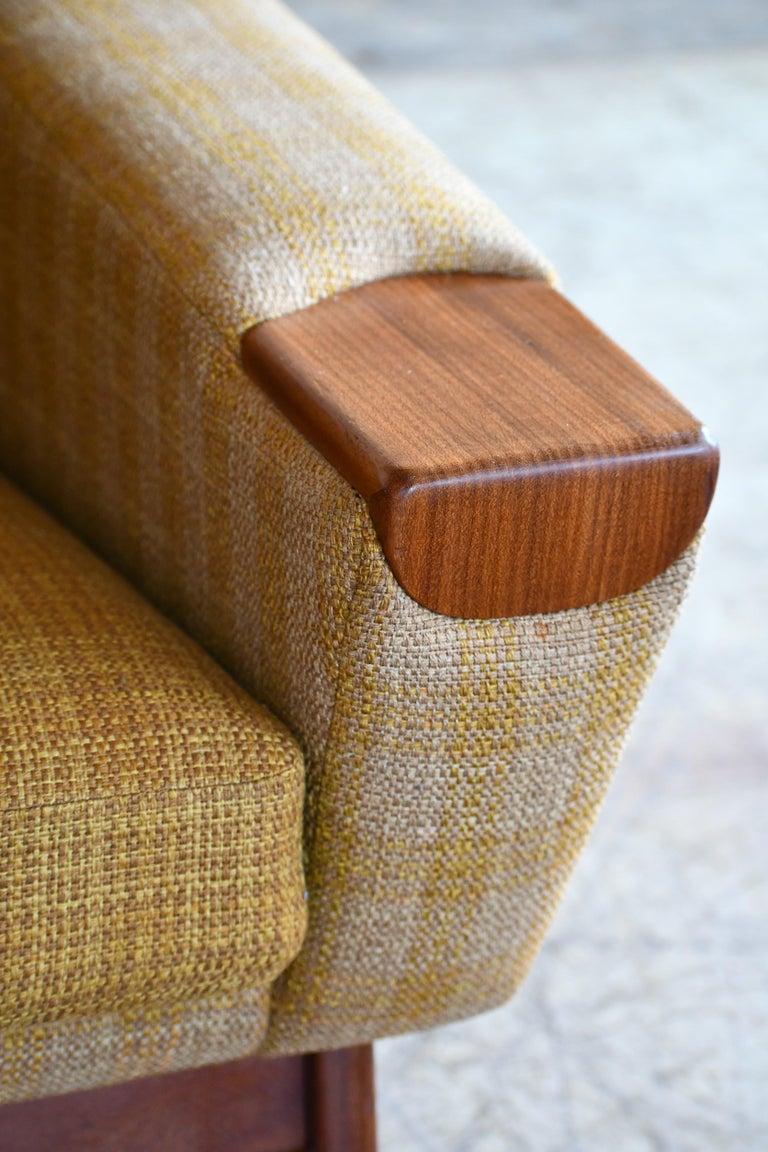Danish Midcentury Sofa in Wool and Teak by Erhardsen and Erlandsen for Eran For Sale 1