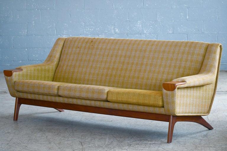 Danish Midcentury Sofa in Wool and Teak by Erhardsen and Erlandsen for Eran For Sale 2