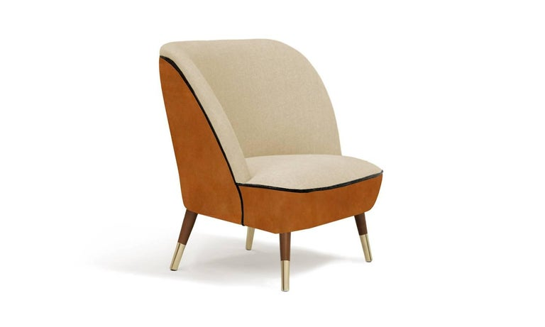 Neutral colors and soft materials make Oslo chair the most comfy of its kind. Melancholic yet welcoming, it invites you to immerse into an architectural retreat distinguished by a palpable sense of comfort.  Solid wood and brass