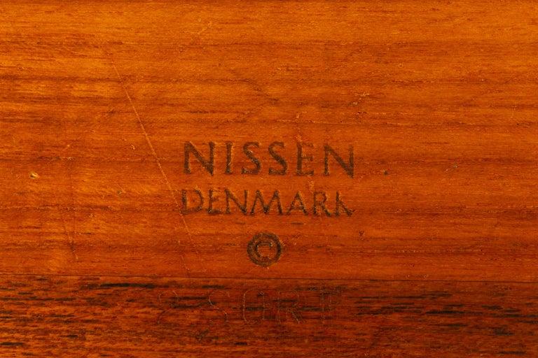 Danish Midcentury Teak Bowl by Nissen, 1960s For Sale 1