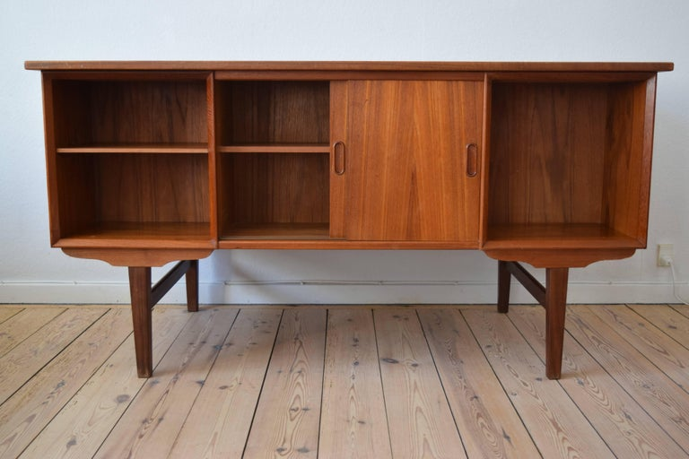 Danish Midcentury Teak Executive Desk, 1960s For Sale 4
