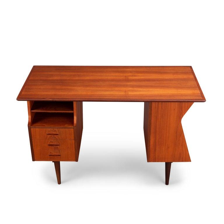Danish Midcentury Teak Freestanding Desk, 1960s For Sale 2